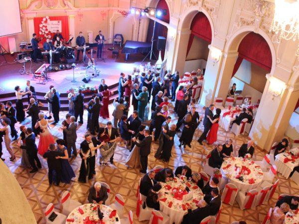 Ples Slovenskej katolíckej charity