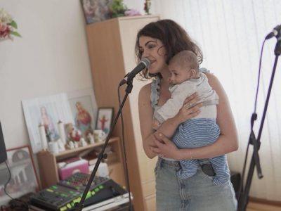 Vystúpenie Celeste Buckingham v detskom domove