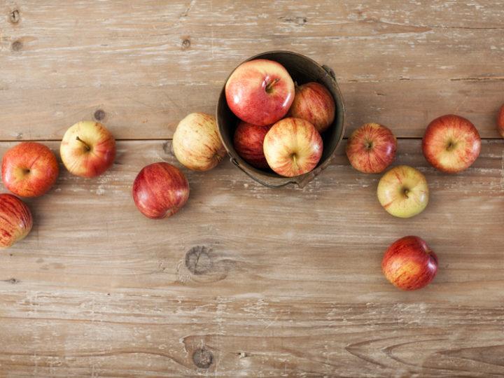 Jablká od štedrého darcu nás potešili aj v tomto roku