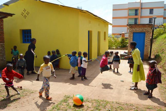 Kultúrne centrum sv.Vincenta pre deti v Rwande