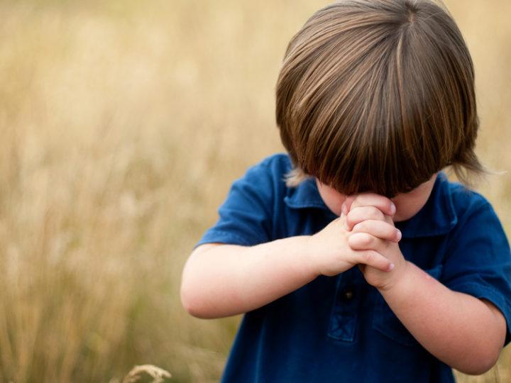 Povzbuďme deti, aby sa modlili za deti v ohrození
