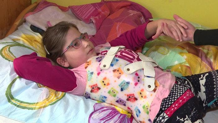 Malá bojovníčka Jarka z detského domova v Spišskej Novej Vsi